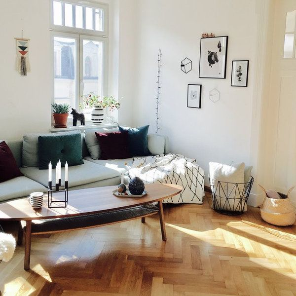 Jetzt wird's gemütlich: Kuschelige Begleiter für kühle Tage | SoLebIch.de    Foto: moosrose    #solebich #interior #herbst #einrichtung #cozyautum #cozyherbst #autum #wohnzimmer #livingroom #sofa #kissen #inspiration #couchtisch