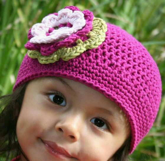PIC ONLY. Girl beanie with triple flower detail.