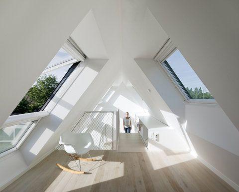 Bright White, Cheerful Loft, Source: vitael - http://vitael.co.vu/post/46231309474