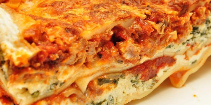 Aussie Camp Cooking: Lasagna - Micks Gone Bush  #4x4 #Adventure #Australia  #Travel #4wd #micksgonebush