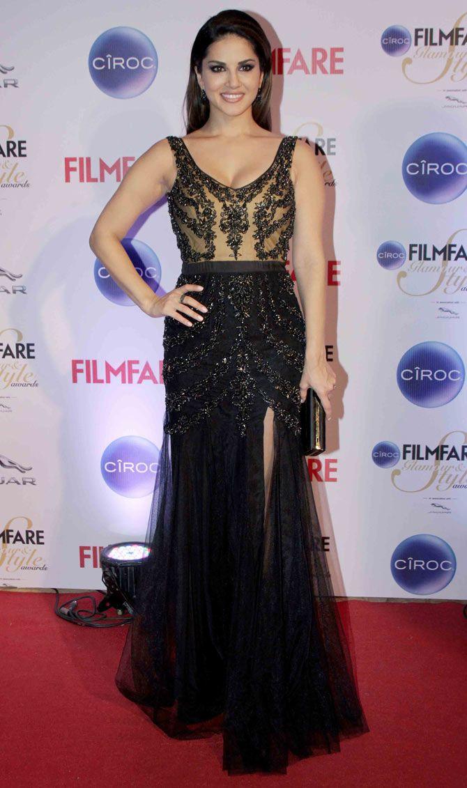 Sunny Leone at the Filmfare Glamour & Style Awards. #Bollywood #Fashion #Style #Beauty