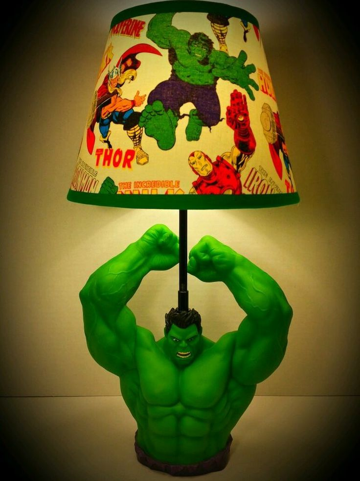 "New! Marvel The Incredible Hulk Lamp & Avengers Lampshade! 20"" Tall on ebay"