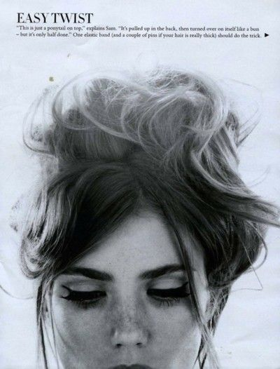 .: Messy Bun, Hairstyles, Messy Hair, Inspiration, Makeup, Hair Style, Beauty, Updo, Eye