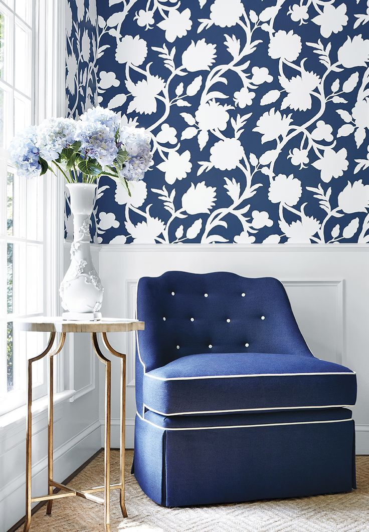Cabrera #wallpaper in Navy, Brentwood Chair with Skirt in Dyed Sack woven #fabric in Denim #thibaut