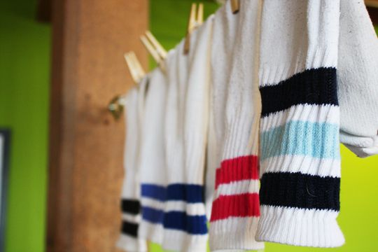 """Apartment Therapy -- """"The $5 indoor clothesline.""""  Neat idea"""