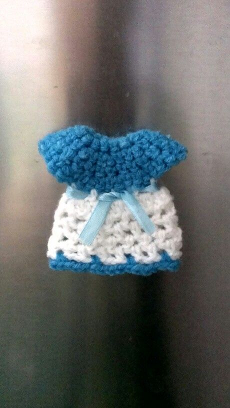 Crochet fridge magnet made. Learnt from mjmcrafts