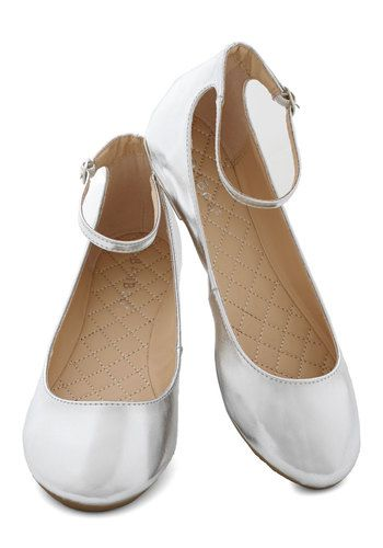 Dessert Dash Flat in Silver - Flat, Faux Leather, Silver, Solid, Holiday Party, Good, Top Rated