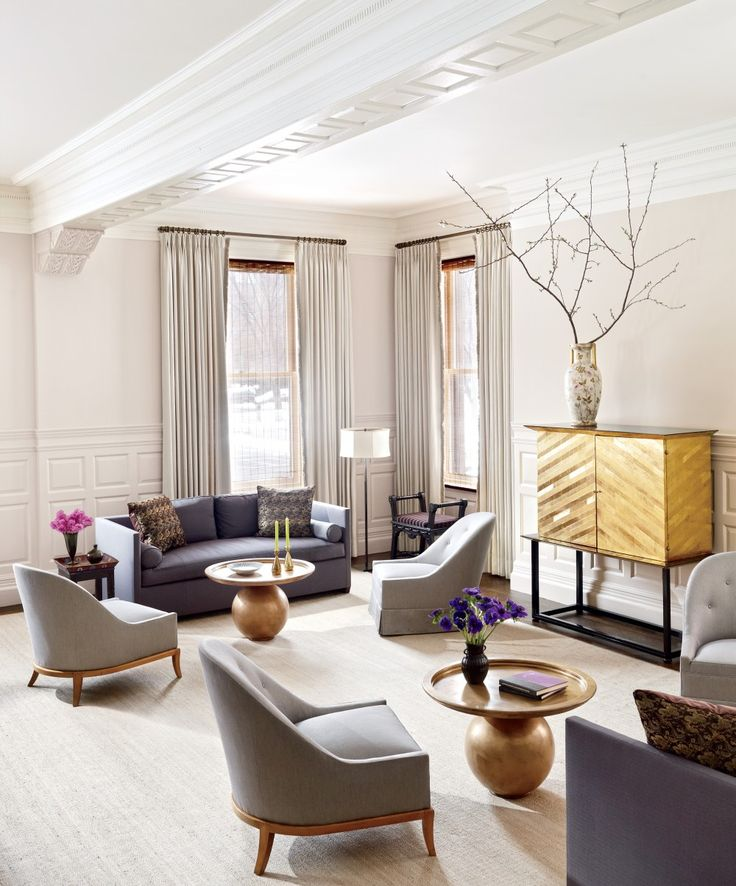 Traditional Living Room by Thad Hayes Inc. and Dell Mitchell Architects in Boston, Massachusetts
