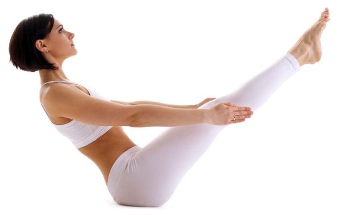 Posturas de yoga para conseguir un vientre plano