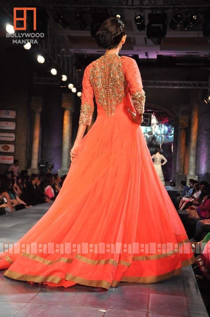 Manish Malhotra colorful sangeet outfit
