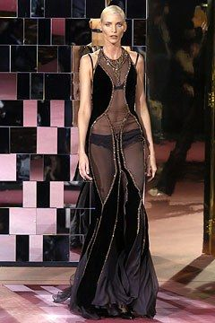 Dolce & Gabbana Fall 2004 Ready-to-Wear Fashion Show - Nadja Auermann