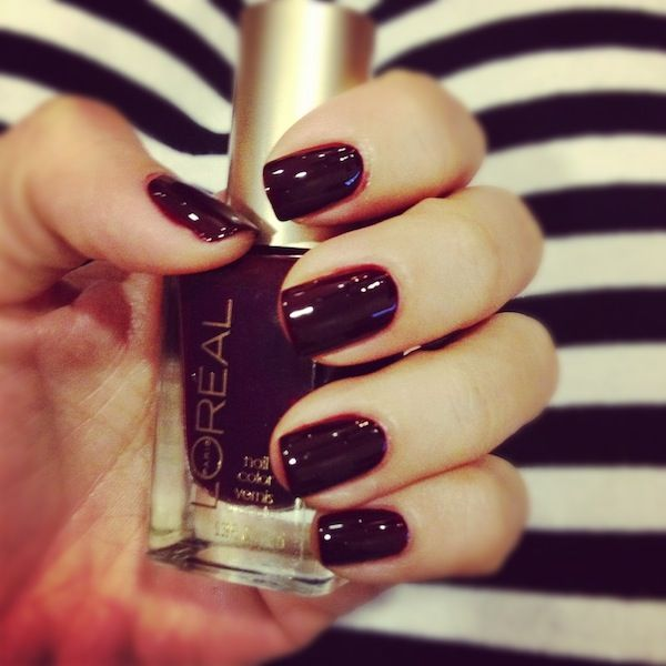 Oxblood was such a hot color this past fall I really want to get my hands on a polish in this color.