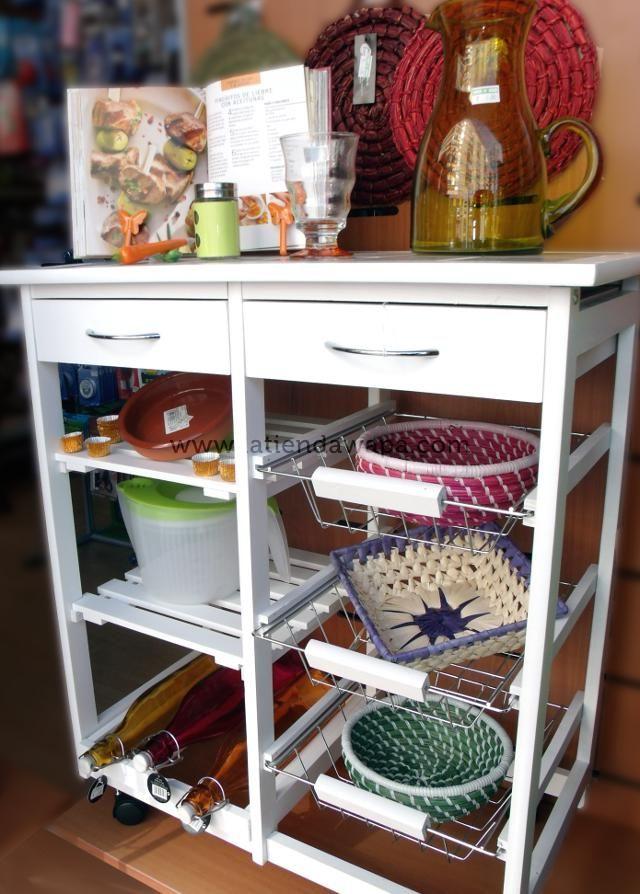 Composici n con mesa blanca en madera para cocina for Mesa auxiliar para cocina