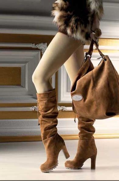 Обувь и сумки из замши