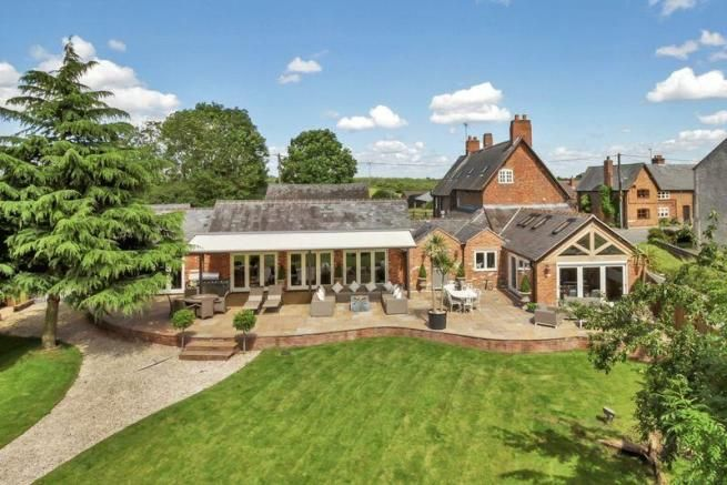 7 bedroom farm house for sale - Main Street, Thornton Full description           The Farmhouse is an impressive five bedroom period home with an accompanying two bedroom cottage which stands in over ¾ of an acre of landscaped grounds.  Following a continuous programme of improvements and refurbishment by the current owners over the past 16... #coalville #property https://coalvilleproperties.com/property/7-bedroom-farm-house-for-sale-main-street-thornton/