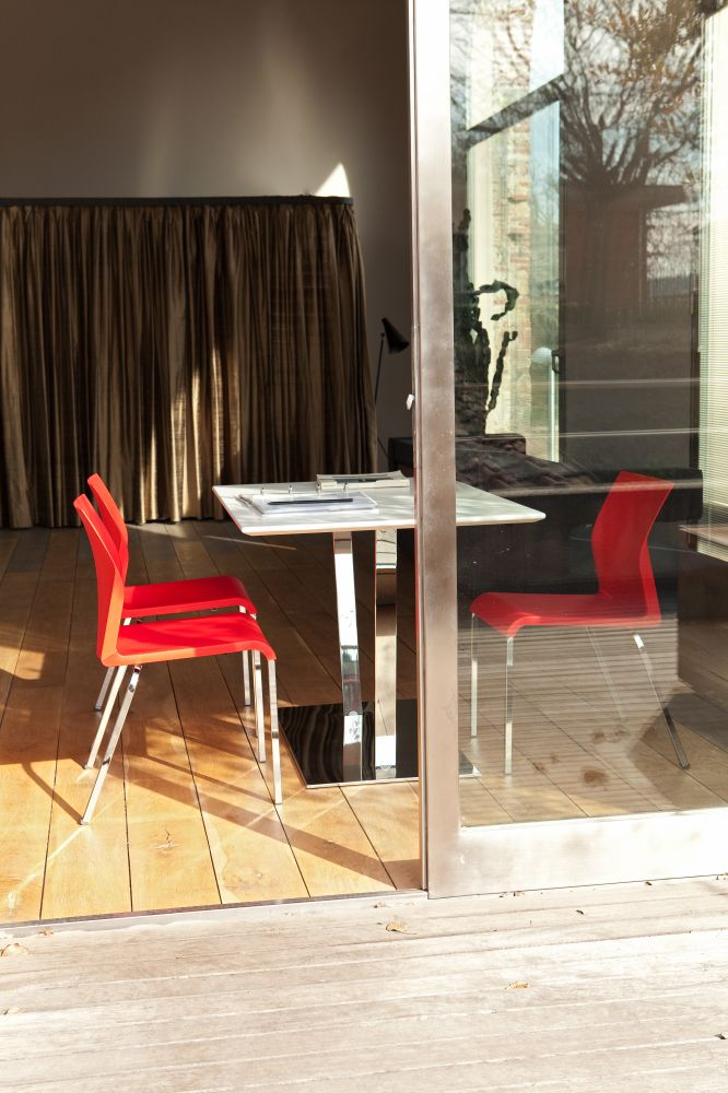 Iron, Bartoli Design.