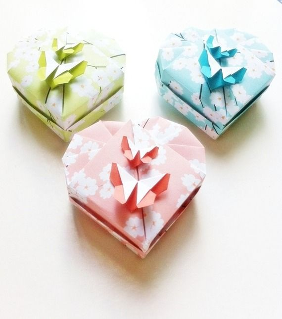 70 best origami gift box boites cadeau origami creations by claudia chocolats images on - Origami boite coeur ...