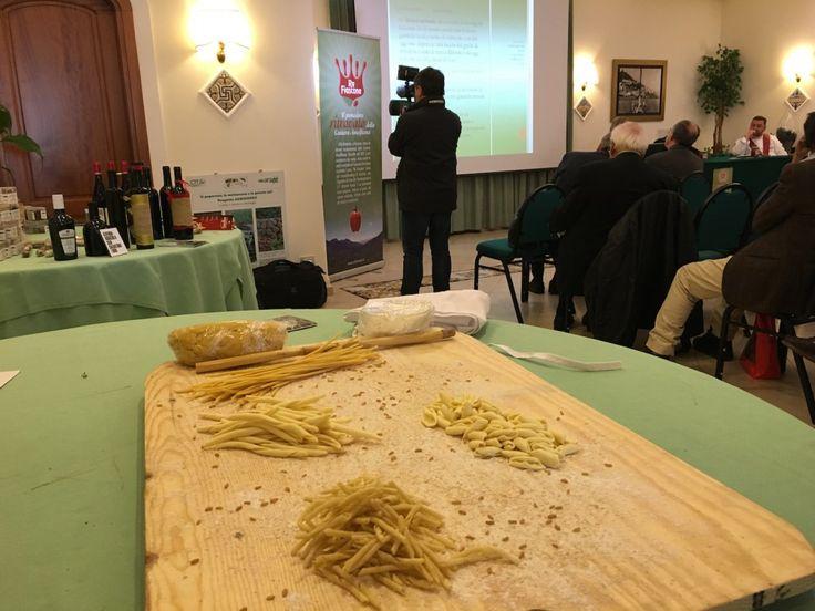 """L'anteprima il """"Ritorno del Re Umberto"""" ad #Amalfi nell'ambito del Seminario di studi del Centro di Cultura e Storia Amalfitana #pomodoro #ReFiascone #CostieraAmalfitana"""