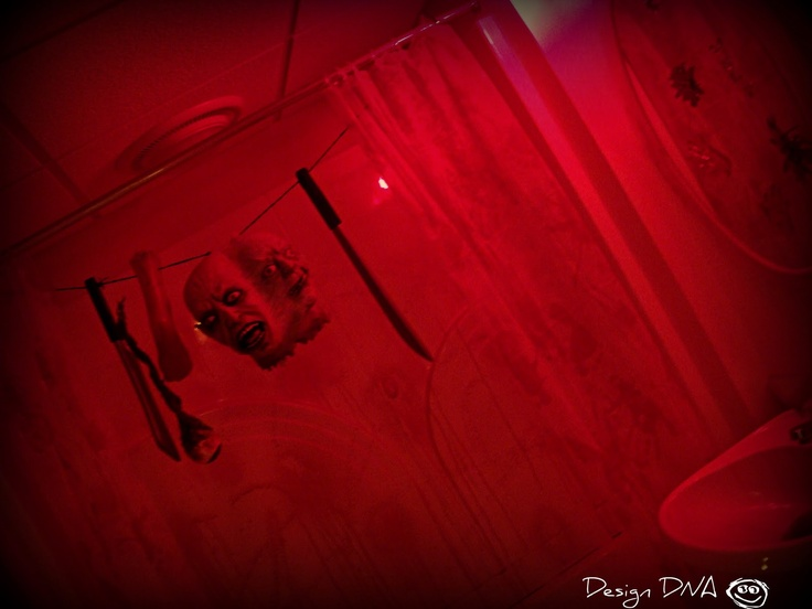 Design dna halloween the bloody bathroom this site for Haunted bathroom ideas