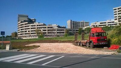 Bari al via il cantiere per la realizzazione di unarea parcheggio di fronte alla scuola Montello a Poggiofranco