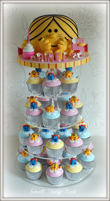 Little Miss Sunshine Cake! - For all your cake decorating supplies, please visit craftcompany.co.uk