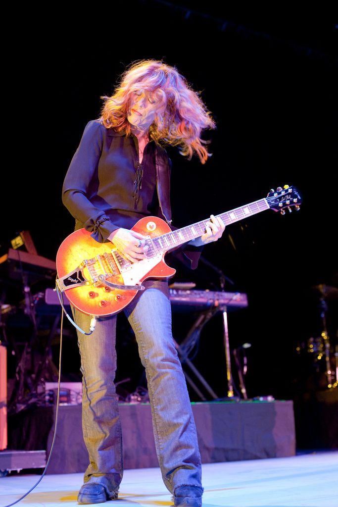 https://flic.kr/p/6J3JVS | Heart - Nancy Wilson | Nancy Wilson of Heart performs at the Reno Events Center.