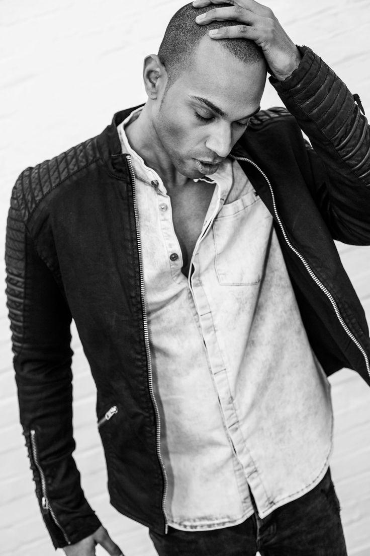 Søren Fashion Lookbook Shooting // Spring Summer 2016 #soerenfashion #tigha #denim #blackandwhite #moonwashed #greyingrey #streetwear #leathermeetscotton #readyforwarmerdays #darkcolours