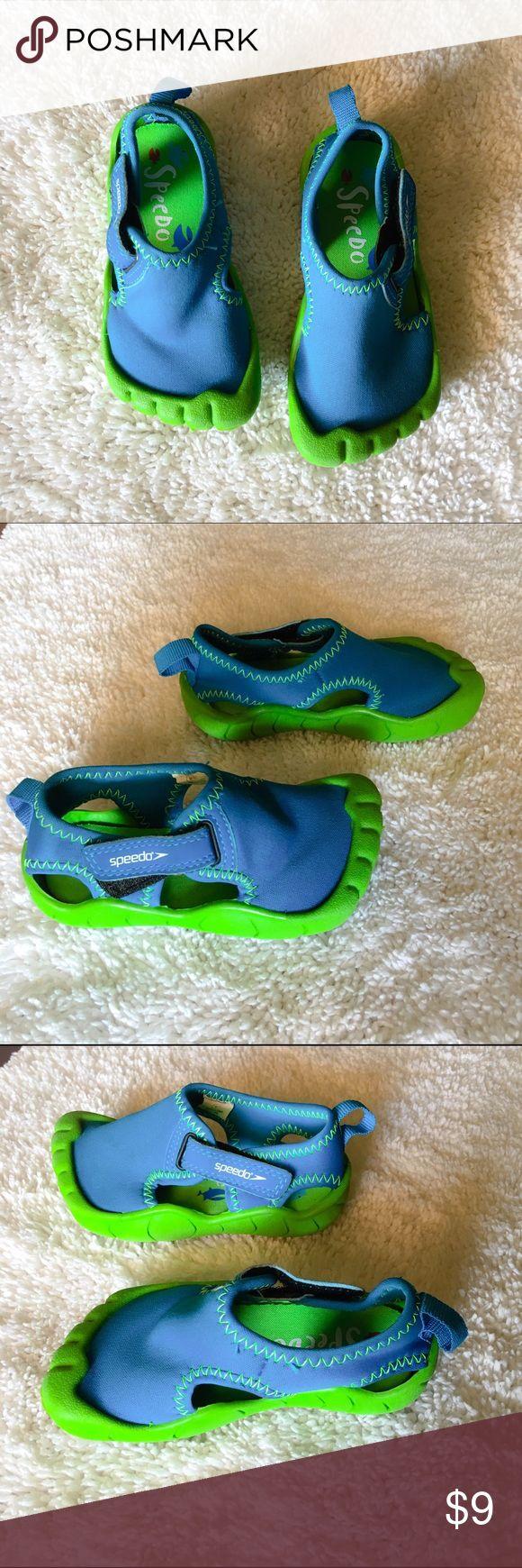 Speedo size M  7-8 Little kids water shoes 💦 Speedo size (M) 7-8 little kids water shoes in great shape worn Twice! Speedo Shoes Water Shoes