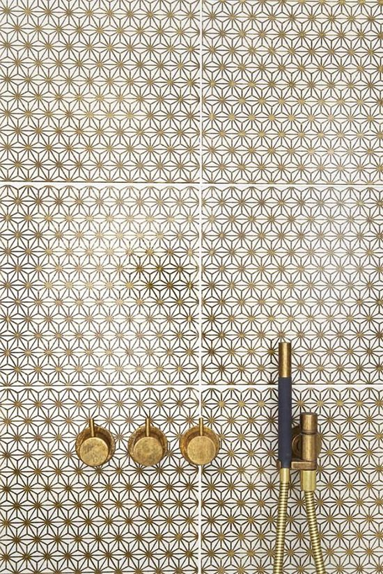 { Brass and gold flower shower tile and fittings ARC }