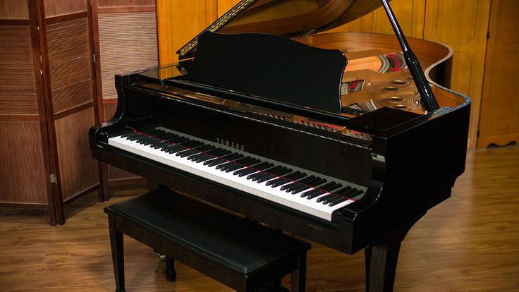 If you are looking for a new, larger Yamaha C-series grand piano, here is a phenomenal piano for a fraction of the price in mint condition.