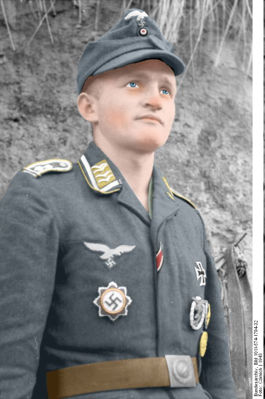 Colorized image from Bundesarchiv picture of Erich ...