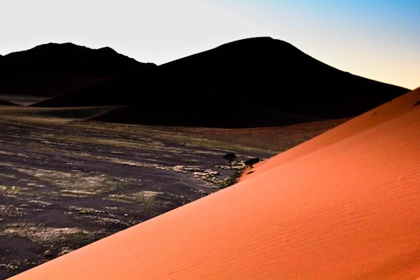 Dune 45 at sunrise in Namibia - http://www.ventureso.me/namibia/ -#namibia #dunes #deadvlei #africa #travel #safari
