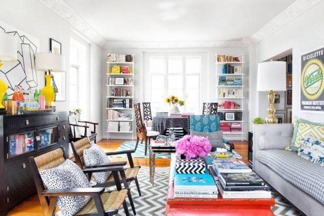 Un apartament central mic si colorat - imaginea 3
