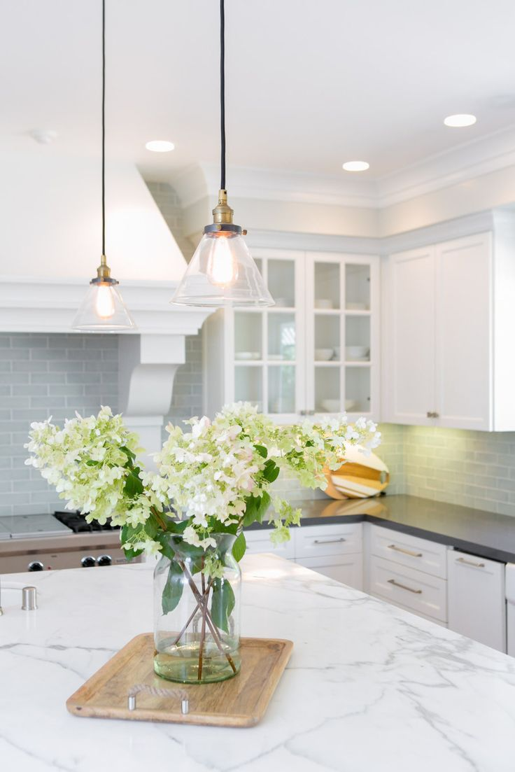 Classic white kitchen - California Renovation With A Bright And Cheerful Vibe