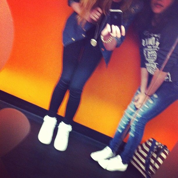 #with @joanwentink #she #is #my #facking #best #friend #hihi #fred #en #douwe #cafe #fredendouwe #its #was #a #great #day #follow4follow #like4like #orange #wall #hihii