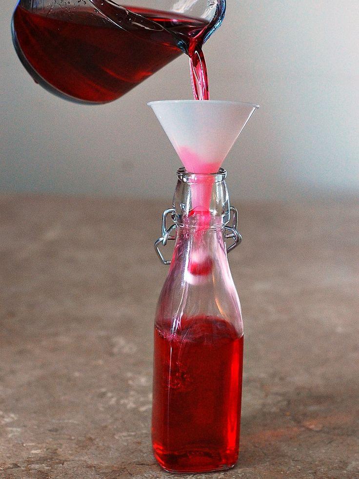 Cranberry-Infused Vodka #SundaySupper @TheRedheadBaker