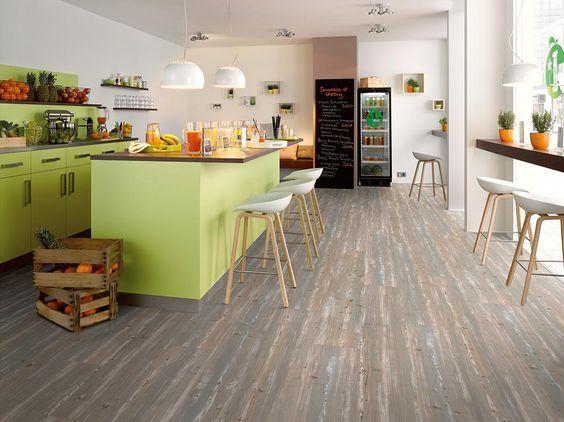 Egger laminált padló    Az Egger laminált padlói egyediségükkel, teszi különlegessé otthonodat. Látogass el weboldalunkra, és tekintsd meg az Egger teljes kínálatát, és válaszd ki a kedvencedet!  A képen a Silver Spruce-t láthatod.     www.dreamfloor.hu    #egger #laminált #padló