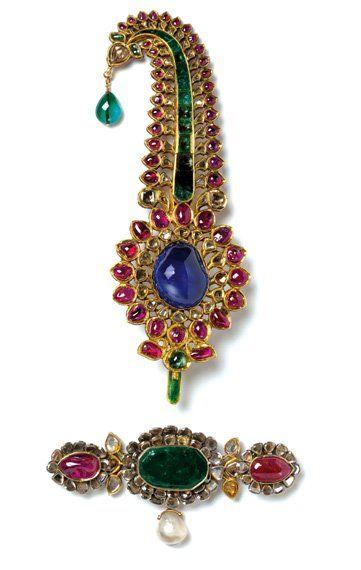 Turban ornament- gold, diamonds, rubies, emeralds, sapphire, pearl. Image: V