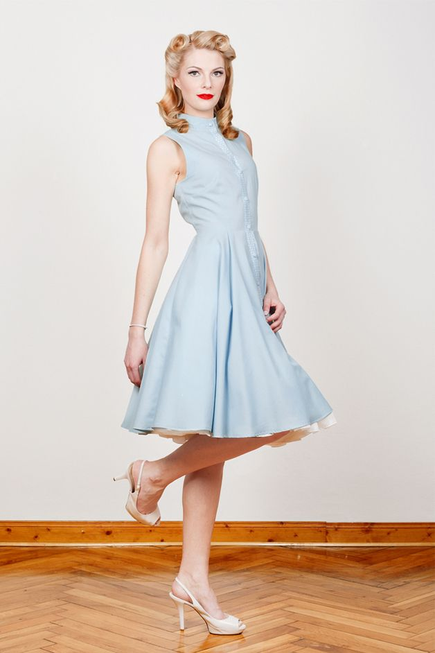 hellblaues Kleid // blue dress by Yvonne Warmbier via DaWanda.com