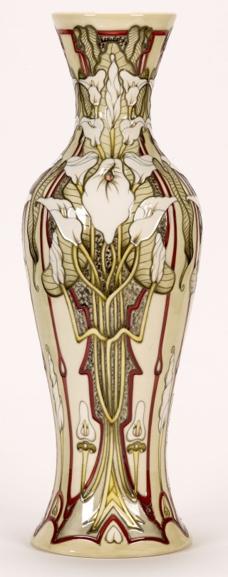 Fabulous Moorcroft Pottery - as a rule I hate Moorcroft pottery, but I love this vase. Go figure.