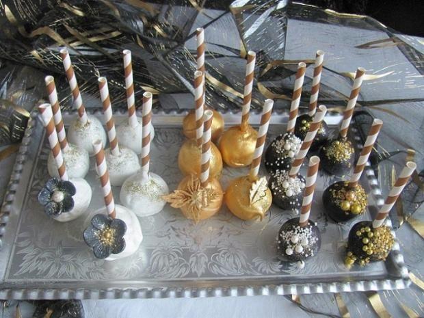 pops - bielo-zlato-čierne , zákusky torty | Tortyodmamy.sk