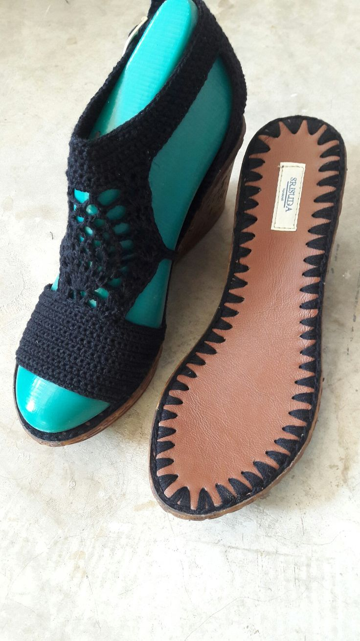 Best 645 Shoes images on Pinterest   Crochet shoes, Fuzzy slippers ...