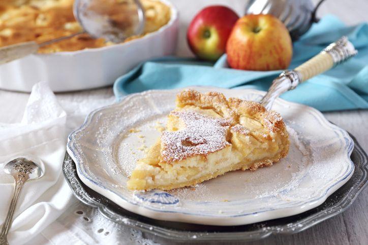 Come preparare la crostata di mele e crema - La Cucina Italiana