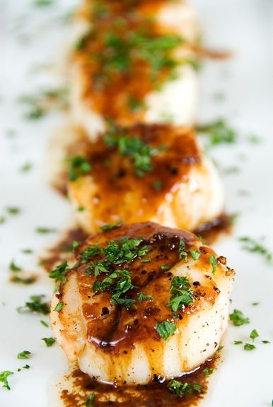 Pan-seared scallops recipe. Can't wait to try this; I'm always up for