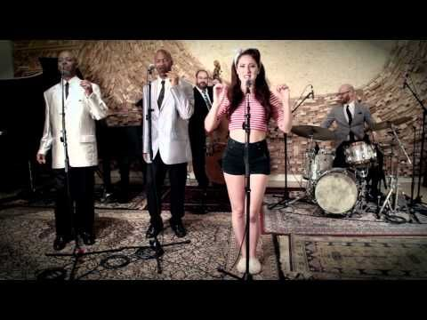 I Kissed A Girl - Vintage '50s Doo Wop Katy Perry Cover ft. Robyn Adele Anderson - YouTube