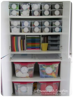 Some really great teacher organizational tips that are easy to apply in the home. Via Lessons with Laughter: Storage Organization