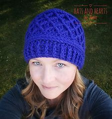As I sat at my sons football game one Saturday morning I saw a woman with a hat similar to this. I loved it and as soon as I got home I grabbed my yarn and hook and came up with the Diamond Trellis hat pattern.