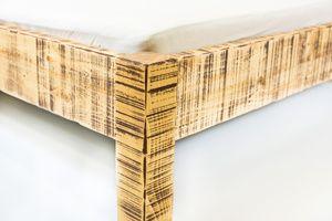 Dřevěné postele na zakázku