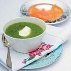 Courgettesoep met gerookte zalm en crème fraîche - recept - okoko recepten