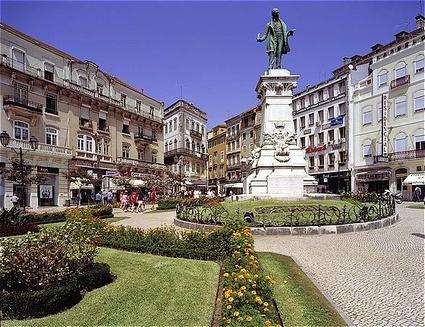 Coimbra Portugal http://images.placesonline.com/photos/6624_coimbra_largo_da_portagem.jpg